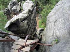 #Teplice #Rocks #Teplicke #Skaly. #Czech Republic : http://www.reiseziele.com/reiseziele/weckelsdorfer-felsenstadt/weckelsdorfer-felsenstadt.asp