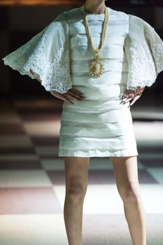 Independencia: Filipino Pride + Style showcases the collection of Renee Salud @ The Guvernment Modern Filipiniana Dress, Philippine Fashion, White Elegance, Barong, Maria Clara, Peplum Dress, Casual Dresses, Style Inspiration, Costumes