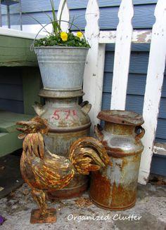 A Junk Gardener's Window Box Rustic Garden Decor, Rustic Gardens, Country Decor, Old Milk Cans, Garden Junk, Clutter Organization, Funky Junk, Garden Projects, Garden Ideas