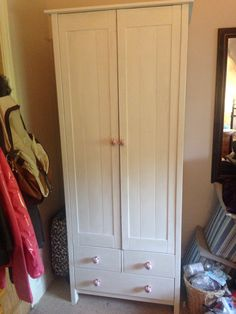 Refurbished pine wardrobe using Annie sloan chalk paint
