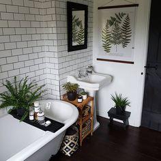 Neutrals, warm wood, botanical designs - Neutrals, warm w Bathroom Inspiration, Home Decor Inspiration, Decor Ideas, Botanical Bathroom, Botanical Interior, Modern Farmhouse Bathroom, Small Bathroom, Bathroom Ideas, Neutral Bathroom