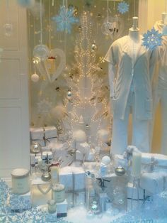Themed Window Displays: Use a similar idea in your studio by picking a theme and painting different pieces to match it. With topics such as the beach, colors, and the holidays, the possibilities are endless!