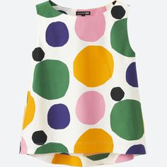 UNIQLO has partnered with Marimekko on a new collection of LifeWear. This unique collaboration marries simplicity with creativity and features timeless silhouettes in bold and vibrant Marimekko designs. Uniqlo, Colourful Outfits, Colorful Fashion, Kids Fashion, Uk Fashion Brands, Textiles, Fashion Fabric, Basic Colors, Sleeveless Blouse