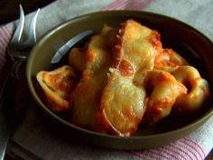Giada De Laurentiis Cheesy Baked Tortellini Recipe