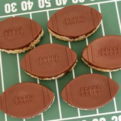 These snacks and crafts will make your sports-themed party a homerun!
