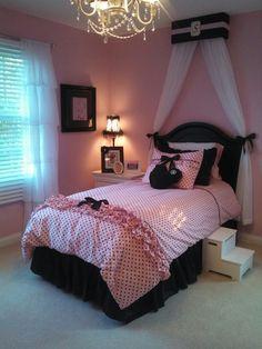"Girls pink and black themed bedroom. Bedding from ""Wake Up Frankie"" #girlsbedroom, #posh, #pinkblack"