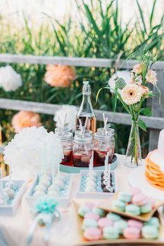Pastellzauber am Wasser - eine Sommerhochzeitsinspiration in Mint und Aprikot am See