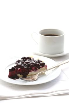 Healthy Blueberry Cheesecake Pie Recipe - it's easy and no baking required!
