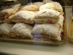 pastelillos de guayaba