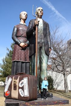 """Dubuque, Iowa Famous couple from Grant Woods Painting """"American Gothic"""" Grimm, Street Art, Dubuque Iowa, Grant Wood, Graffiti, American Gothic, Roadside Attractions, Iowa State, Back To Nature"""