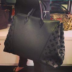Louis Vuitton bag Clothing, Shoes & Jewelry - Women - Shoes - women's shoes - http://amzn.to/2jttl6P