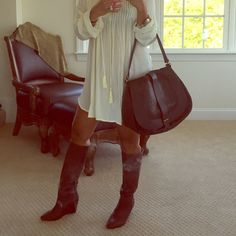 """CHLOE """"Georgia"""" Authentic Bag Used once. Excellent condition! Guaranteed authentic. Genuine brown leather! Make me an offer and can in other site if serious! Chloe Bags Hobos"""