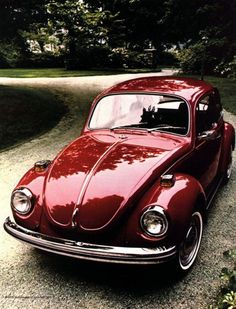 shiny cherry red 1971 VW Super Beetle
