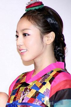 Koo Ha ra-kara,  hanbok korean. 5.jpg