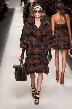 Fendi: Milan Fashion Week Otoño-Invierno 2015/16