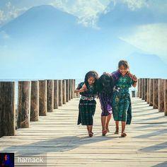 http://OkAtitlan.com  @harnack: Child's play - #SantaCatarinaPalopo #Lake #Atitlan #Guatemala #ILoveAtitlan #AmoAtitlan #travel #CentralAmerica #Solola #LakeAtitlan #OkAtitlan