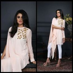 Lovely sleeve♥♥ Stylish Dress Designs, Designs For Dresses, Stylish Dresses, Simple Dresses, Casual Dresses, Beautiful Dresses, Pakistani Dress Design, Pakistani Outfits, Indian Outfits