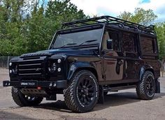 Urban Automotive specialise in bodykits, styling and alloy wheels for the Land Rover Defender, Range Rover Vogue, Range Rover Sport and Evoque bodykit Land Rover Defender 110, Landrover Defender, Automobile, Cars Land, Suv Cars, Offroader, Best Suv, Luxury Suv, Luxury Vehicle