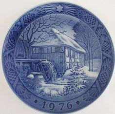 Royal Copenhagen Christmas Plate 1976