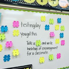 Hashtag notes of encouragement. Fun way to cheer for their classmates! #testday #showwhatyouknow #buildcommunity