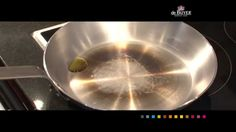 """Acier """"Carbone Plus"""" de Buyer - Seasoning and caring for a new pan."""