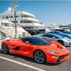 #Ferrari LaFerrari