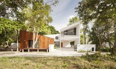 Image 4 of 27 from gallery of Mae Kao Canal House / EKAR & Full Scale Studio. Photograph by Damrong Lee