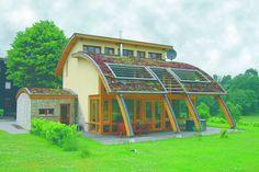 Roreger – Innovatives Holzhaus mit Bogen