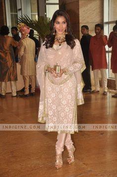 simple yet elegant - Abu Jani Sandeep Khosla