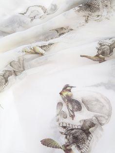 ALEXANDER MCQUEEN - skull and bird print scarf 6