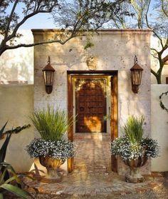 Amazing Modern Adobe House Exterior Design Ideas – Keep Decor Find Your Favorite Decoration Design Exterior, Exterior House Colors, Modern Exterior, Interior And Exterior, Wall Exterior, Facade Design, Stone Interior, Rustic Exterior, Door Design