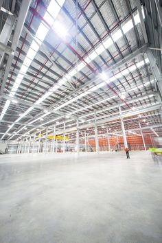 Joy GLobal Warehouse facility by PACEARCHITECTS