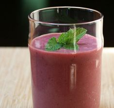 Raspberry, lime, and mint smoothie