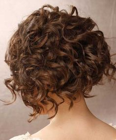 15 Chic Short Haircuts: Short Curly Hairstyle Back View