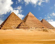 Pirámides de Egipto. KEOPS, KEFREN, Y MICERINOS. EN LA CIUDAD DE EL CAIRO.