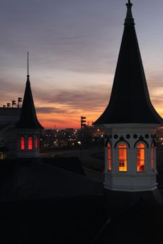Churchill Downs Gets Serious About Louisville/Rutgers Derby Time, Derby Day, Louisville Kentucky, Kentucky Derby, Derby Horse, Churchill Downs, My Old Kentucky Home, Silhouette, Horse Riding