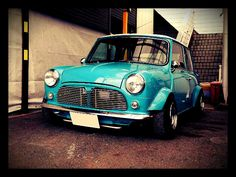 Mini Stance - Page 149 - Styling Mini Cooper Classic, Classic Mini, Classic Cars, Mini Morris, Cooper Car, Man Shed, Pt Cruiser, Morris Minor, Mini Coopers