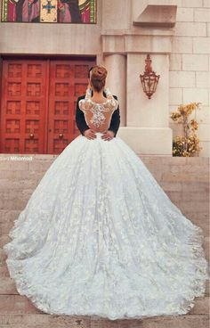 A wedding dress with a train is something incredibly dreamy, romantic and princess-like because most of Royalty married in such gowns. Such a gown is a perfect choice for any bride from modern to bohemian. Lace, plain or ruffled train will attract. Wedding Wishes, Wedding Bells, Wedding Day, Wedding Ceremony, Wedding Stuff, Dream Wedding Dresses, Wedding Gowns, Lace Wedding, Wedding White