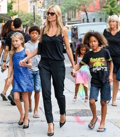 Heidi Klum Kids  http://sizlingpeople.com/wp-content/uploads/2016/03/Heidi-Klum-Kids-2.jpg  http://sizlingpeople.com/wp-content/uploads/2016/03/Heidi-Klum-Kids-2.jpg