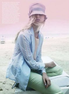 Ethereal Pastel Portraits - The 'Soft Times' Elle Canada Editorial is Ready for Summer (GALLERY)