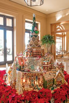 Celebrate a Decade With The Resort at Pelican Hill, Pelican Hill Magazine Cool Gingerbread Houses, Gingerbread House Designs, Gingerbread House Parties, Christmas Gingerbread House, Christmas Mood, Christmas Treats, Gingerbread Cookies, Christmas Cookies, Italian Christmas