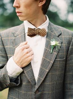 Gatsby-era inspired groom look // photo by LeahKua.com
