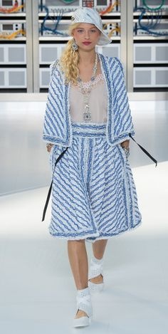 Desfile Chanel PrimaveraVero 2017 Paris Fashion Week Destaques  Fragmentos de Moda