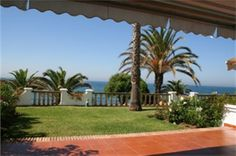 Townhouse sale in Mijas Costa, Costa del Sol. 649.000€. Reference: TH1003-OM  For more information: http://www.one-marbella.com/en/listing/spain/costa-del-sol/mijas-costa/townhouse/24137/