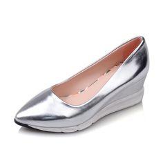 66301b9747a4 48 Best Shoes images