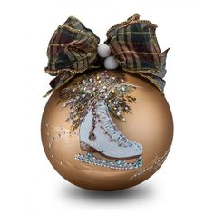 1 million+ Stunning Free Images to Use Anywhere Clear Ornaments, Diy Christmas Ornaments, Christmas Colors, Christmas Art, Christmas Tree Decorations, Christmas Bounty, Handpainted Christmas Ornaments, Hand Painted Ornaments, Christmas Inspiration