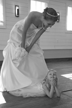 Such a cute picture for bride and flower girl.