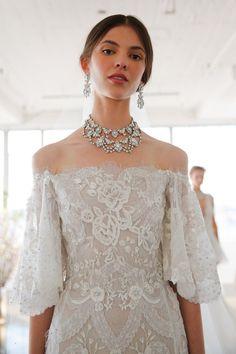 nice Best of Bridal Fashion Week: Marchesa Wedding Dress Collection S/S 2017 Marchesa Wedding Dress, Marchesa Bridal, Marchesa Spring, Dream Wedding Dresses, Wedding Gowns, Wedding Hair, Bridal Hair, Lace Wedding, Bridal Musings