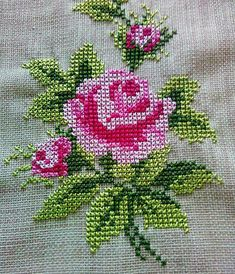 Have a good Friday. Beaded Cross Stitch, Cross Stitch Rose, Crochet Cross, Cross Stitch Flowers, Crochet Home, Cross Stitch Embroidery, Cross Stitch Patterns Free Easy, Cross Stitch Borders, Cross Stitch Charts