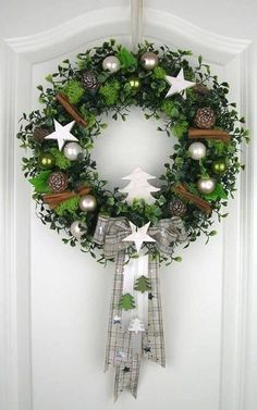 Christmas wreath white door wreath white winter wreath deco wreath Christmas wall decor - All About Decoration Noel Christmas, Rustic Christmas, Christmas Crafts, Christmas Ornaments, Christmas Candles, Nordic Christmas, Outdoor Christmas, Deco Wreaths, Holiday Wreaths